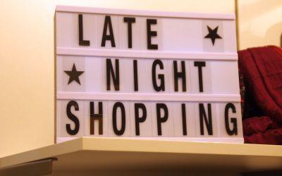 Eldagsen leuchtet und die Kunden shoppen