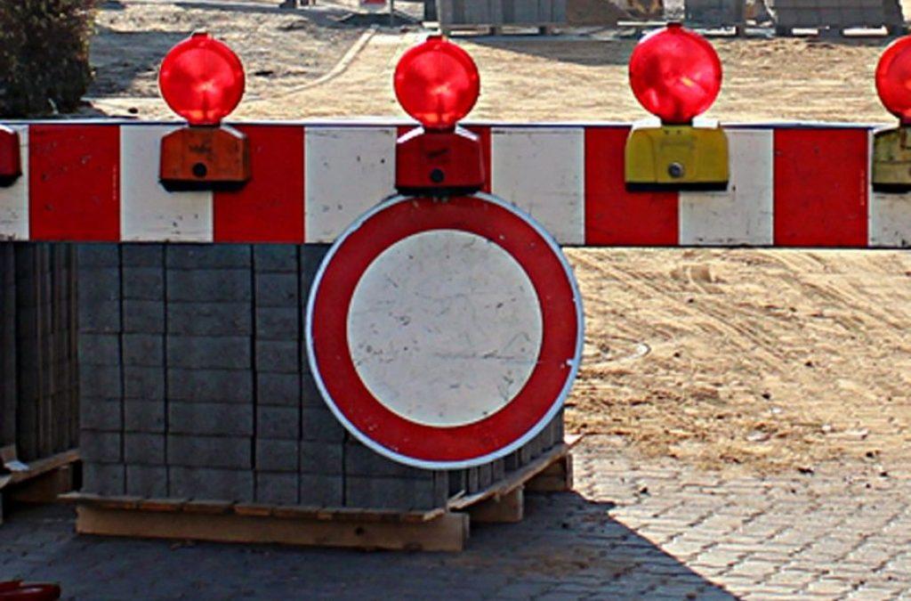 Standardbild-Durchfahrtverboten-Bausstelle