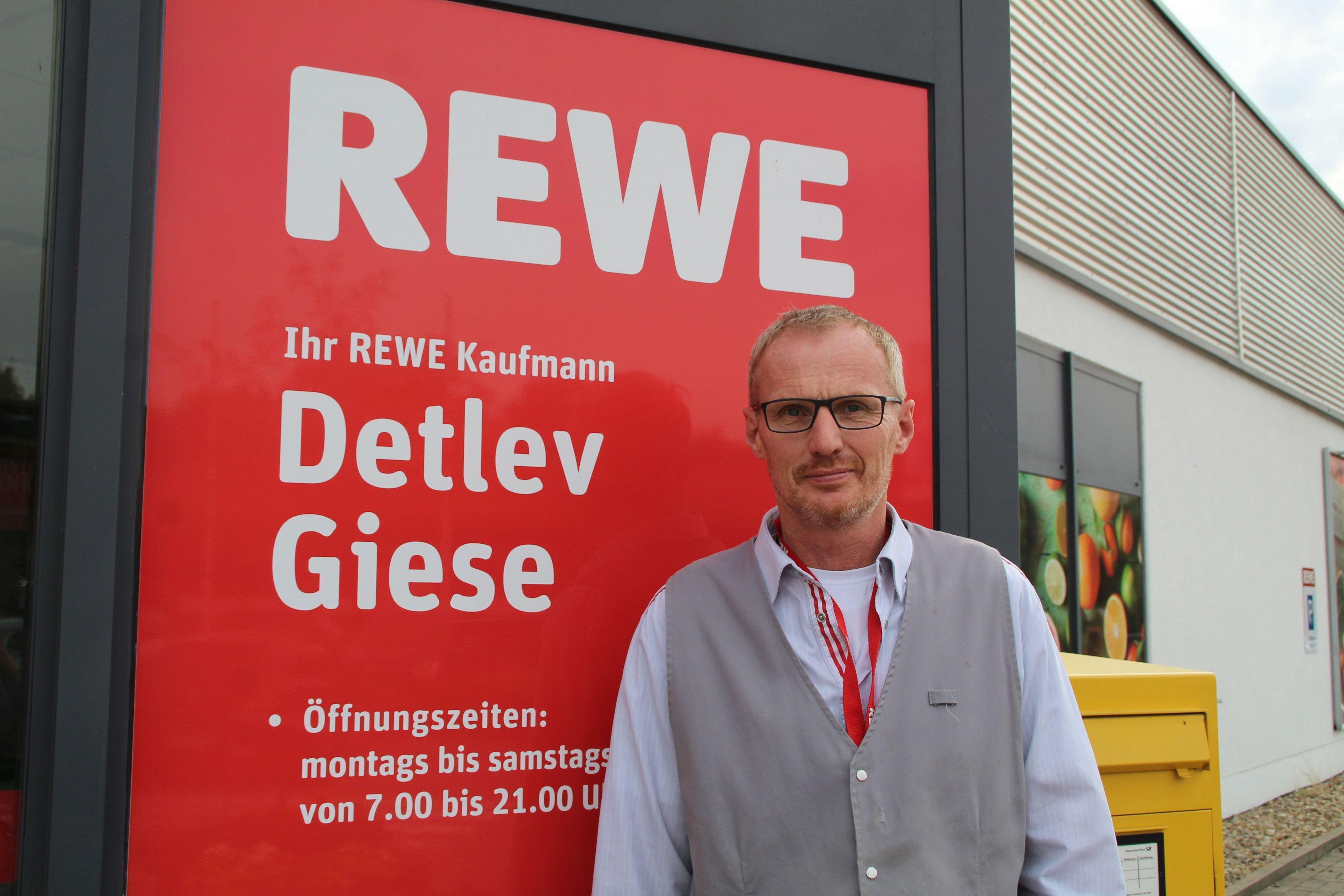 Rewe-Markt hat zum Kürbisfest geöffnet