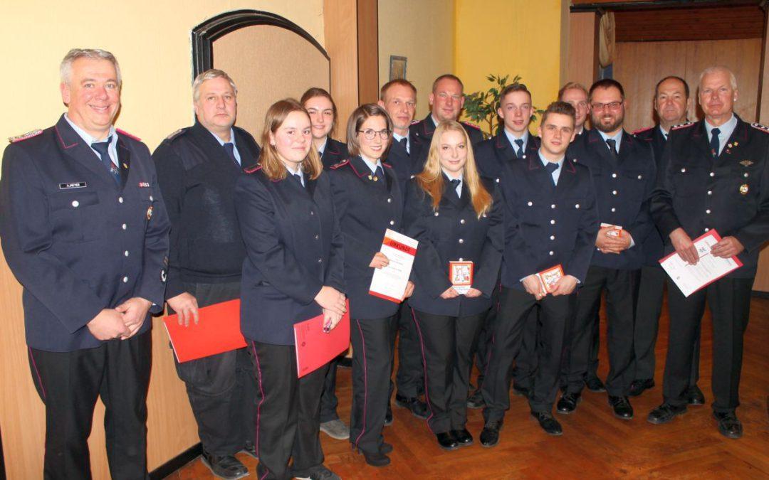 Bürgermeister lobt Mut der Eldagser Feuerwehrleute